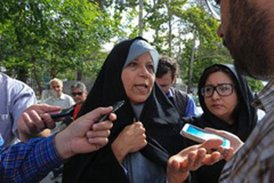 """فائزه هاشمی و اقتصاد """"رانتپرور"""" ایران"""