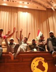 مقتدا صدر بغداد را به آشوب كشيد