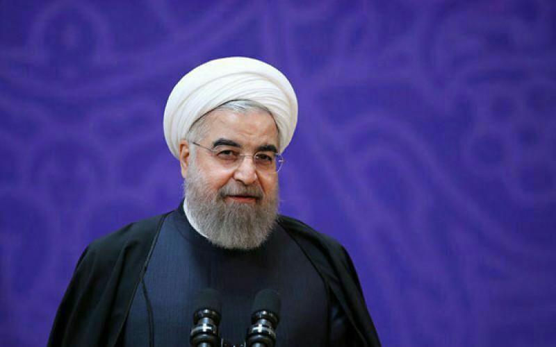 روحانی: معترضان خس و خاشاک و آشغال نیستند