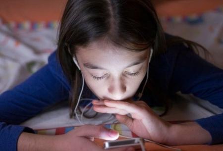 اعتیاد به گوشی هوشمند و شیوع افسردگی