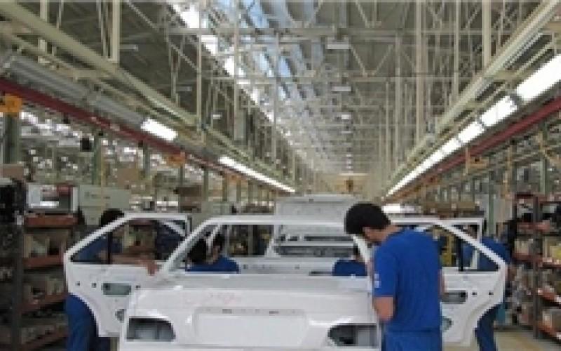 رقابت خودروسازان داخلی برای افزایش قیمت!