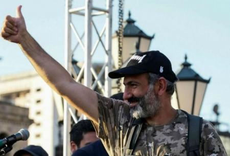 ارمنستان، پاشینیان اعتراضها را متوقف کرد