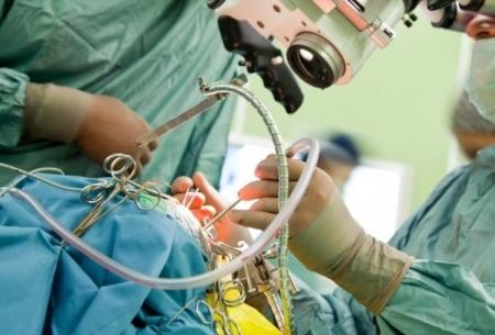 جراحی بیماران پارکینسون در خواب