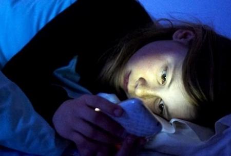 تاثیر منفی دستگاههای الکترونیکی بر خواب