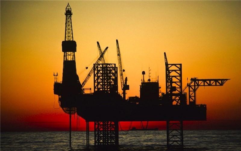 رویترز: اروپا، خرید نفت ایران را متوقف میکند