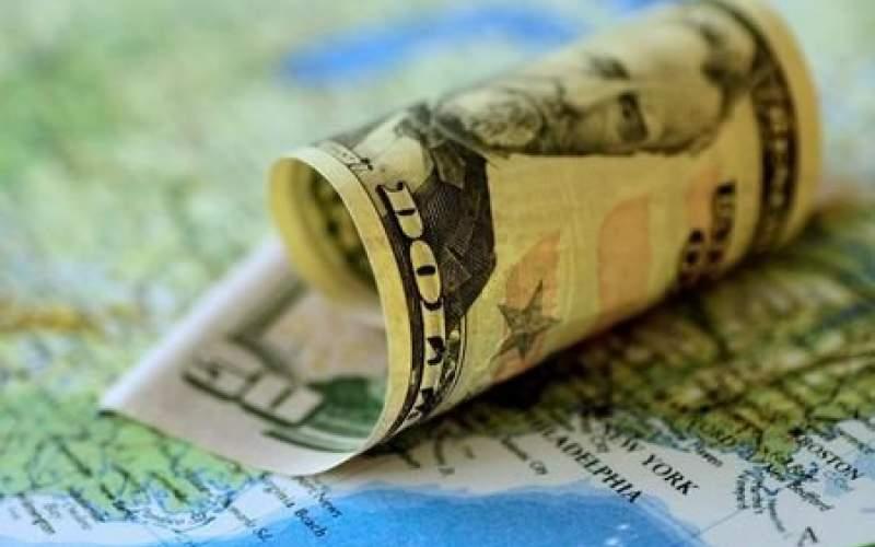 از دلار ۴۲۰۰ تومانی سوءاستفاده کردند
