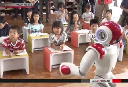 تجهیز مدارس ژاپن به رباتهای انگلیسیزبان