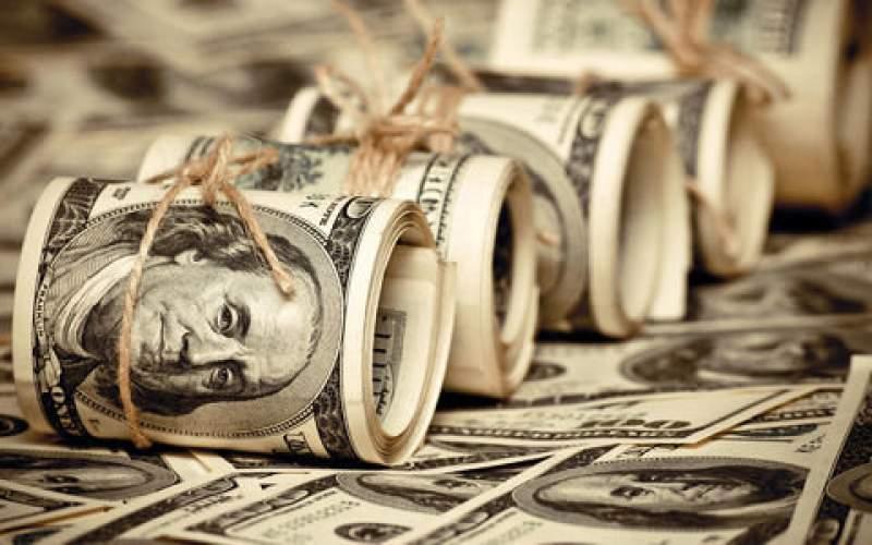 ارز روی دست صرافیها ماند