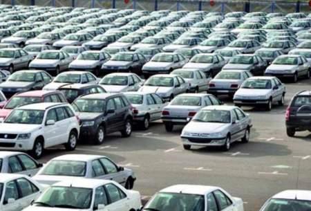 کاهش قیمت خودروهای وارداتی و داخلی در بازار