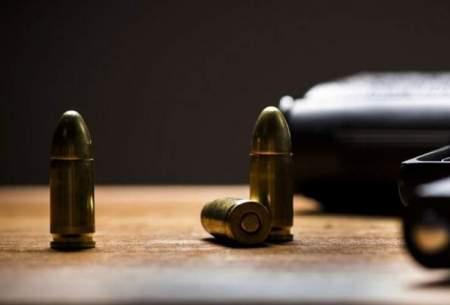 آلت قتل در دست خبرنگار سیما چه میکند؟
