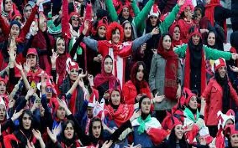 هاشمینسب: وقتِ حضور زنان در استادیوم است