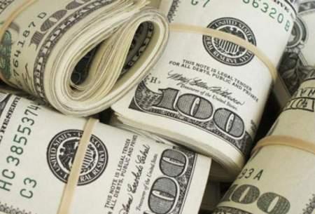 یک نماینده:دلار بالای۱۰هزارتومان توجیهی ندارد