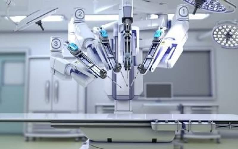 نخستین جراحی قلب از راه دور به واسطه یک ربات