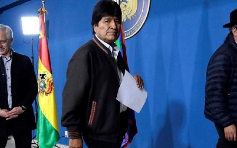 اِوو مورالس به مکزیک فرار كرد و پناهنده شد