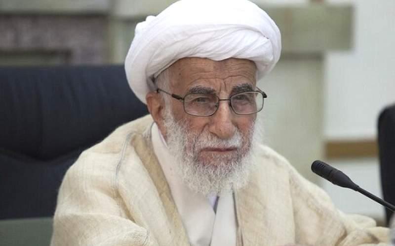آیتالله احمد جنتی به رئیسجمهور: حرفهای تنشزا نزنید