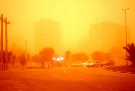توده گرد وخاک در راه آبادان و خرمشهر