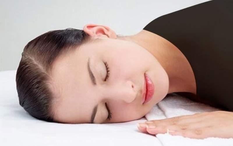 خواب زیاد زنان چه دلیلی دارد؟