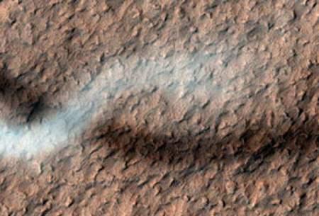 عکس از گردباد شیطان در مریخ