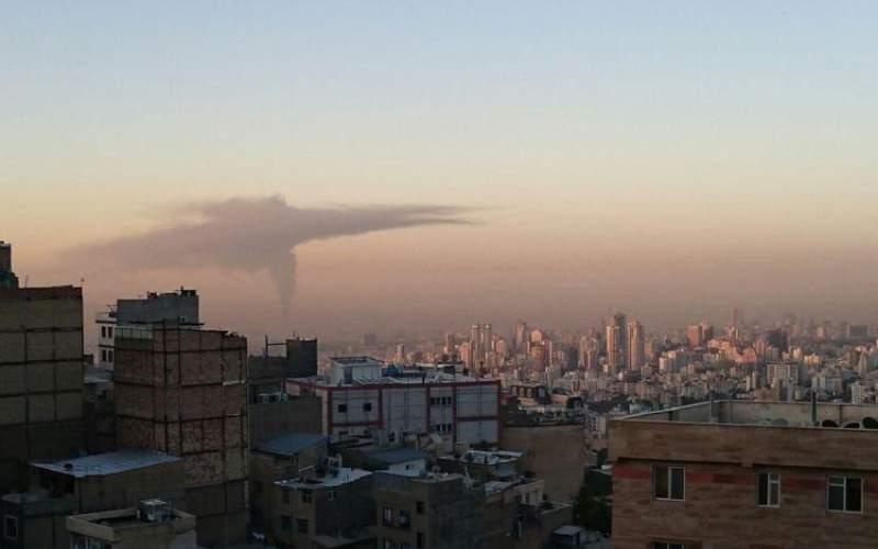دود غلیظ در آسمان تهران