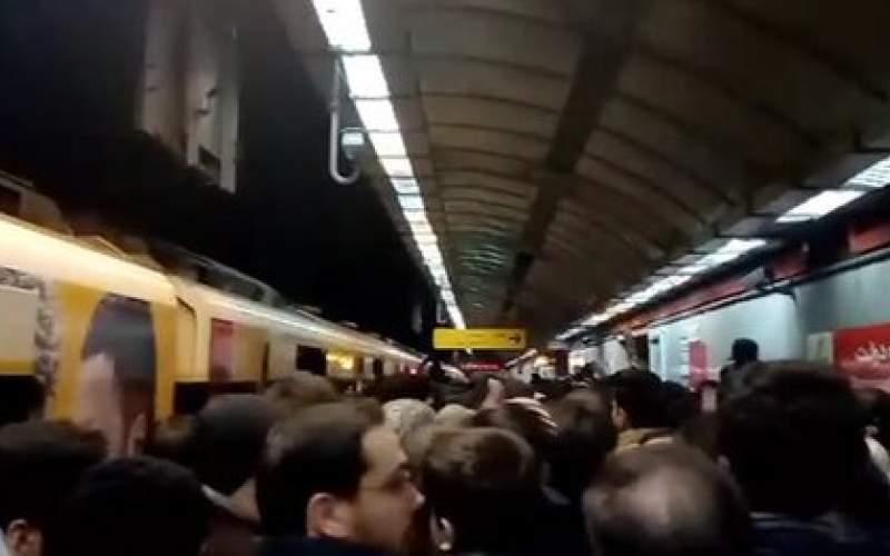 احتمال تعطیلی مترو تهران به دلیل شیوع کرونا