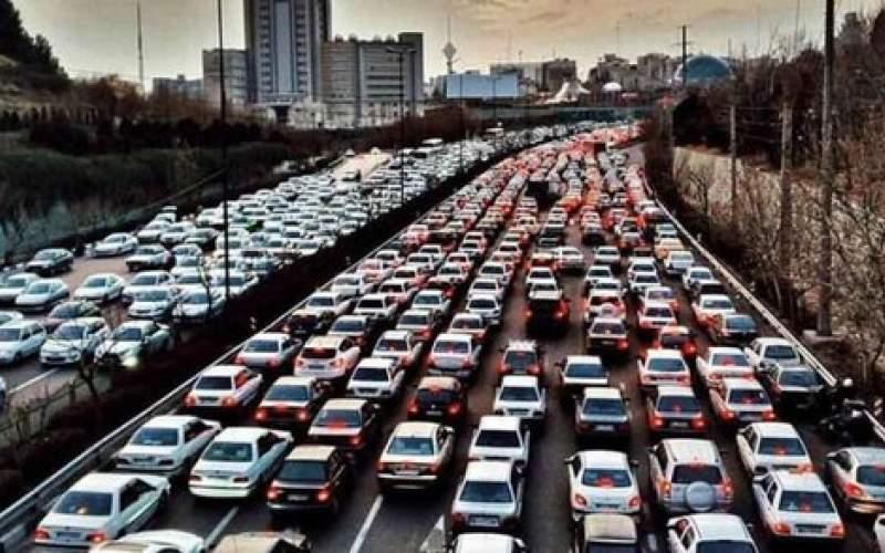 روند افزایشی تردد در جادههای کشور ادامه دارد