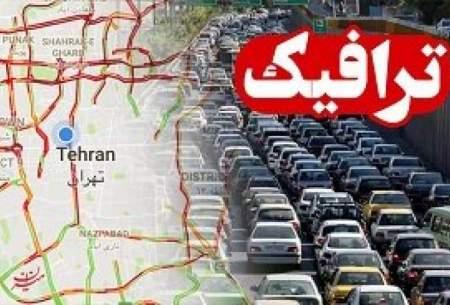 ترافیک راههای منتهی به تهران سنگین است