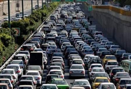 ترافیک سنگین در ۹ بزرگراه شهر تهران