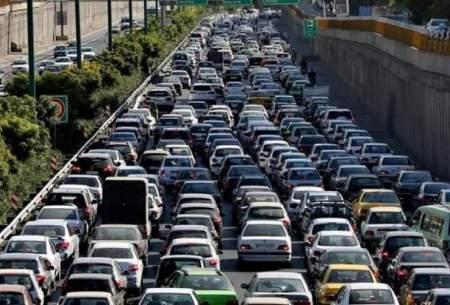تصاویری از ترافیک سنگین در خیابانهای تهران