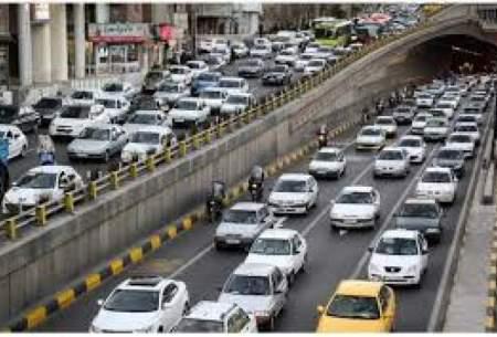 ترافیک سنگین در ۱۰ معبر بزرگراهی تهران