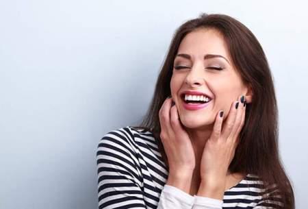 ۵ راه سفید کردن طبیعی دندانها در خانه