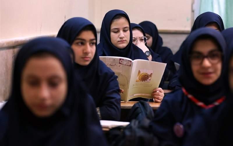بازگشایی مدارس برای رفع اشکال است نه آموزش
