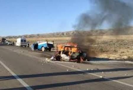 ۷نفر در آتش حادثه رانندگی در فارس سوختند