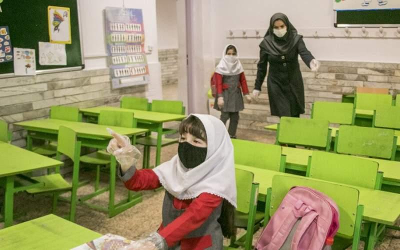 بازگشایی مدارس به عهده ستاد ملی کرونا است