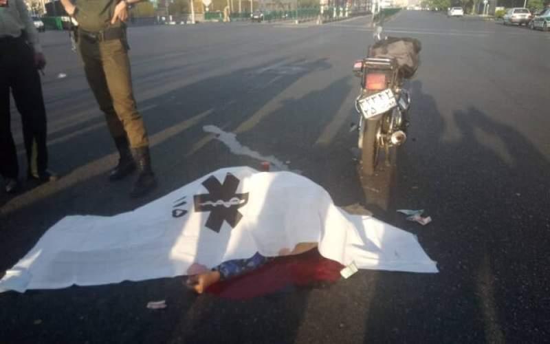 برخورد مرگبار اتوبوس BRT با موتورسیکلت سوار
