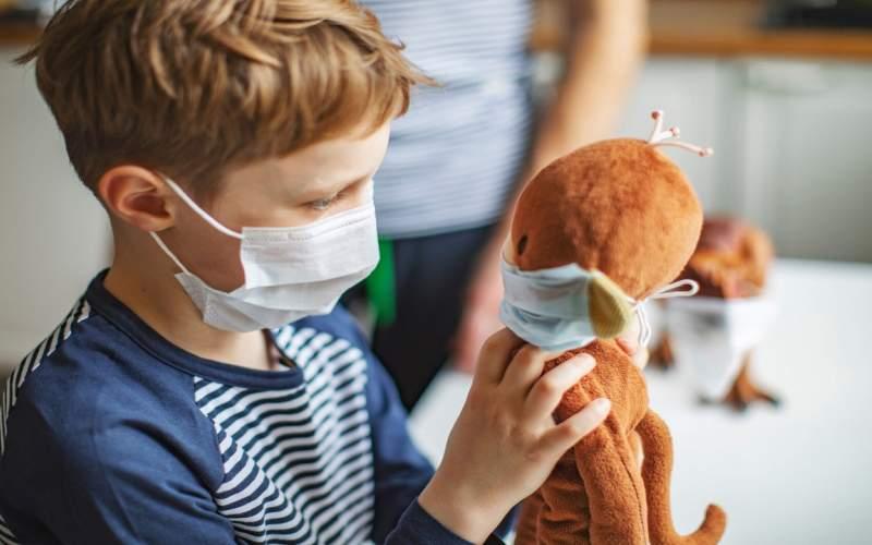 چگونه کودکان را به ماسک زدن تشویق کنیم؟