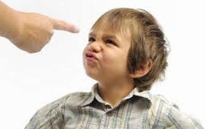 با کودکان پرخاشگر چگونه رفتار کنیم