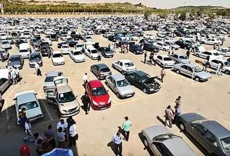 قیمتها در بازار خودرو در اوج ماند