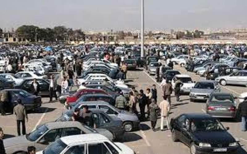 خودروی کف بازار از ۱۰۰میلیون تومان گذشت