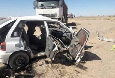 ۸ نفر قربانی تصادف پراید با تریلی در یزد