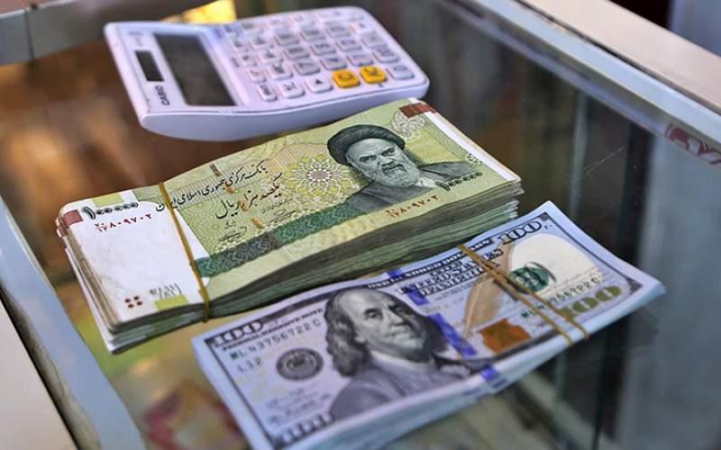 افزایش قیمت دلار در صرافیهای بانکها