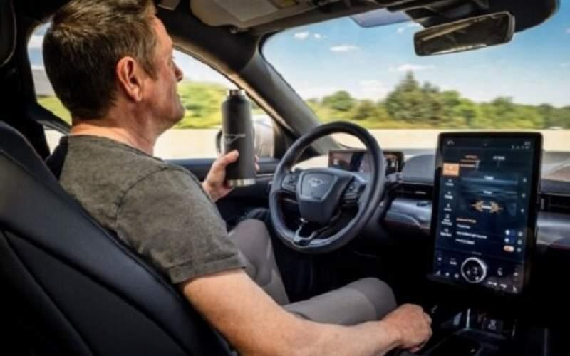 خودران شدن اتومبیلهای فوردبا پرداخت ۱۵۹۵دلار