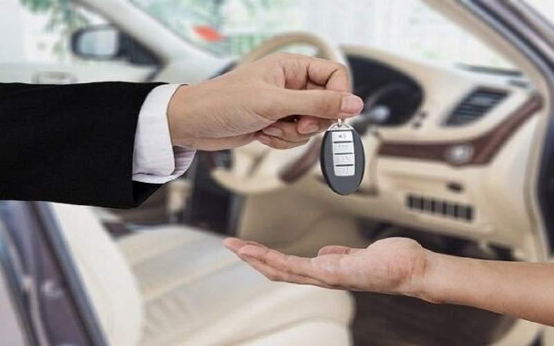 حباب قیمت خودروهای داخلی همچنان پابرجاست