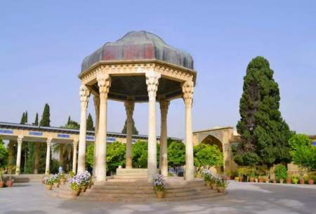 رشد منفی گردشگری ایران ۷۲ درصد شد