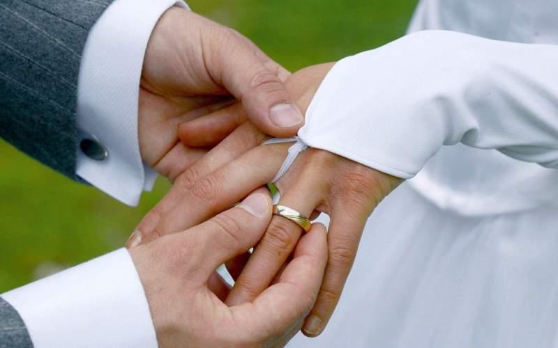 ازدواج مرد ۴۸ ساله با دختر ۱۳ ساله!/تصاویر