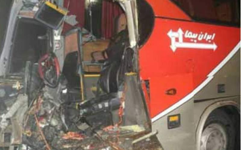تصادف در بزرگراه تندگویان با ۱۷نفر مصدوم/عکس