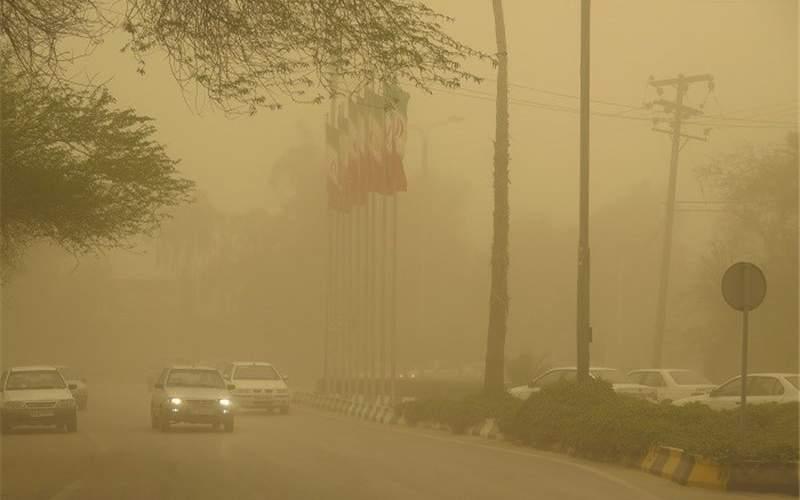 گرد و غبار با منشاء خارجی در راه خوزستان