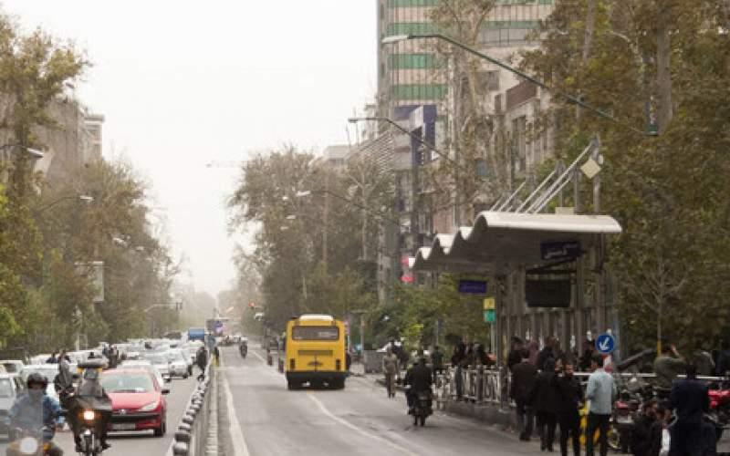 آلودگی هوای مناطق پرتردد پایتخت طی امروز