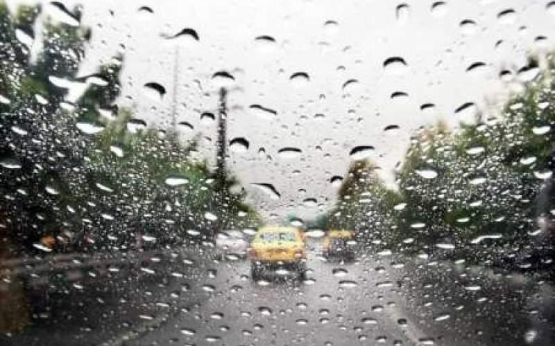باران، ترافیک معابر پایتخت را سنگینتر کرد