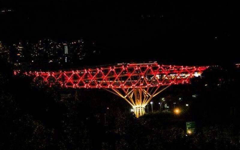 روبان قرمز شهر تهران را پوشاند