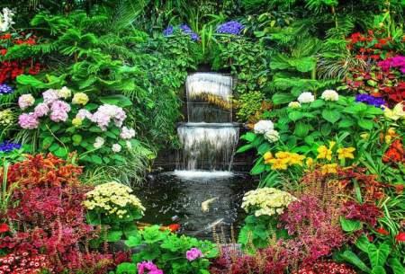 زیباترین باغ دنیا با گل های طبیعی